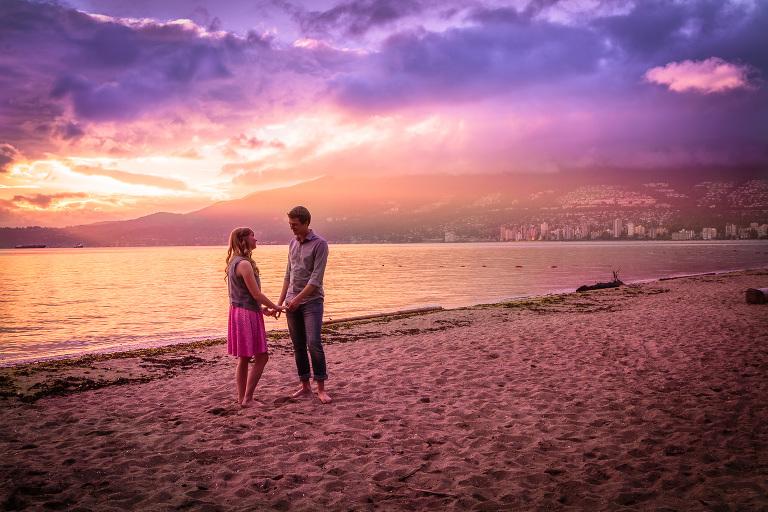 Stanley Park Vancouver Beach Engagement